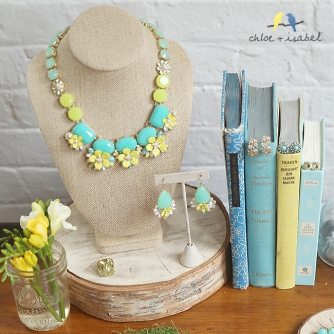 c+i fresco isle necklace and earrings with books